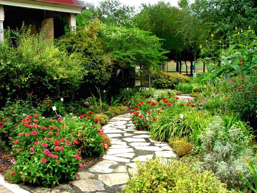 landscape designs in the spring